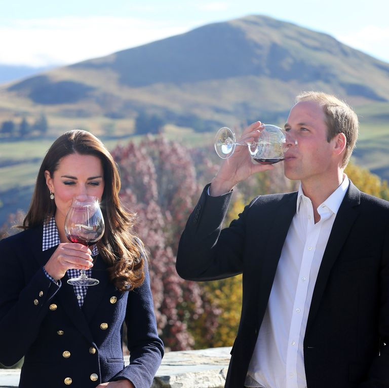 This is why red wine is good for you   Kate middleton prince william, Duchess of cambridge, Prince william and kate