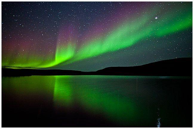 Aurora reflected in water by Robert Berdan © NORTHERN SOUTHERN - new blueprint alberta northern lights