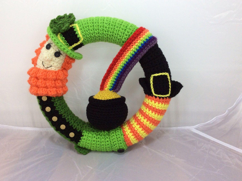 Free Amigurumi Leprechaun Pattern : St patricks day wreath tutorial leprechaun pattern pot of gold