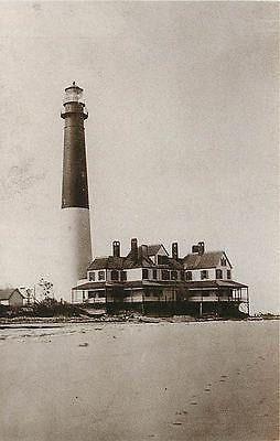 Barnegat City, #New #Jersey NJ Barnegat #Lighthouse Collectible Vintage Postcard Barnegat City New Jersey NJ Barnegat lighthouse with history on back. Unused Leib Image Archives 1980s vintage chrome postc   -   http://dennisharper.lnf.com/