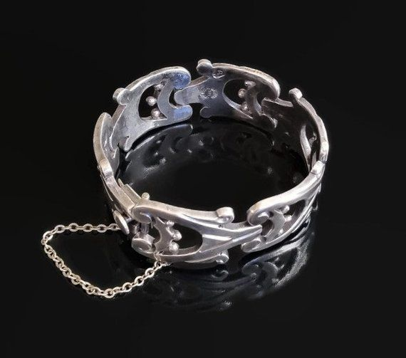 Marked 925 Mexico Hinged Fold-Out Bracelet Box Clasp wSafety Chain Domed Cut Out Pattern Sterling Silver
