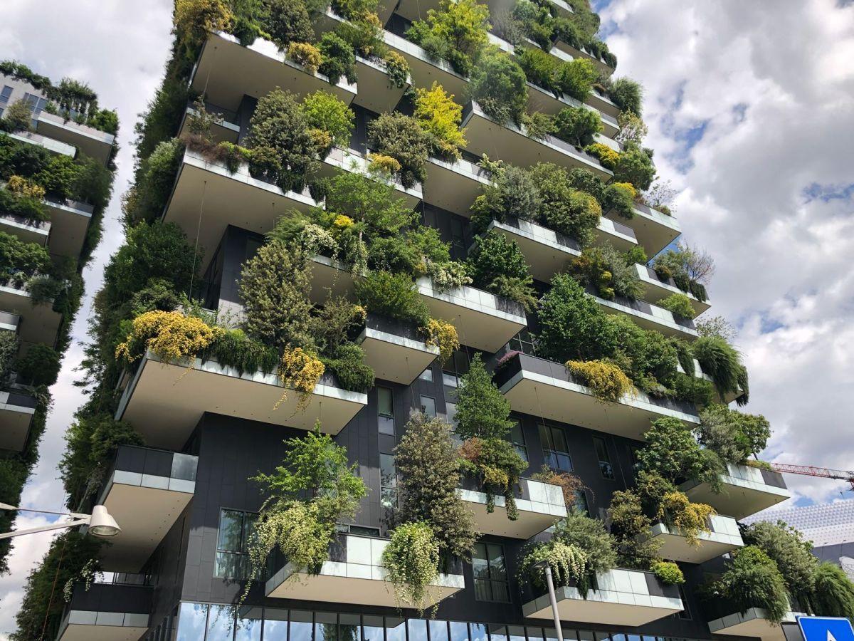 Bosco Verticale Die Erstaunlichen Grunen Turme Die Das Zentrum Von Mailand Pragten Haus Styling Turm Mailand Hochhaus