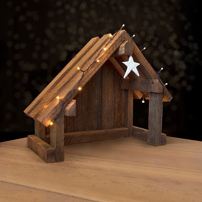 Nativity Creche Stable with Slant Roof Reclaimed Barn Wood for Willow Tree #weihnachtenholz