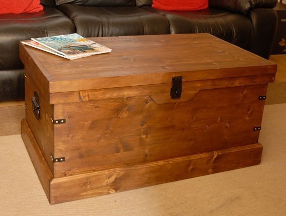 Rustic Wooden Chest Trunk Large Pine Blanket Box Coffee Table Ottoman Conservatory Design