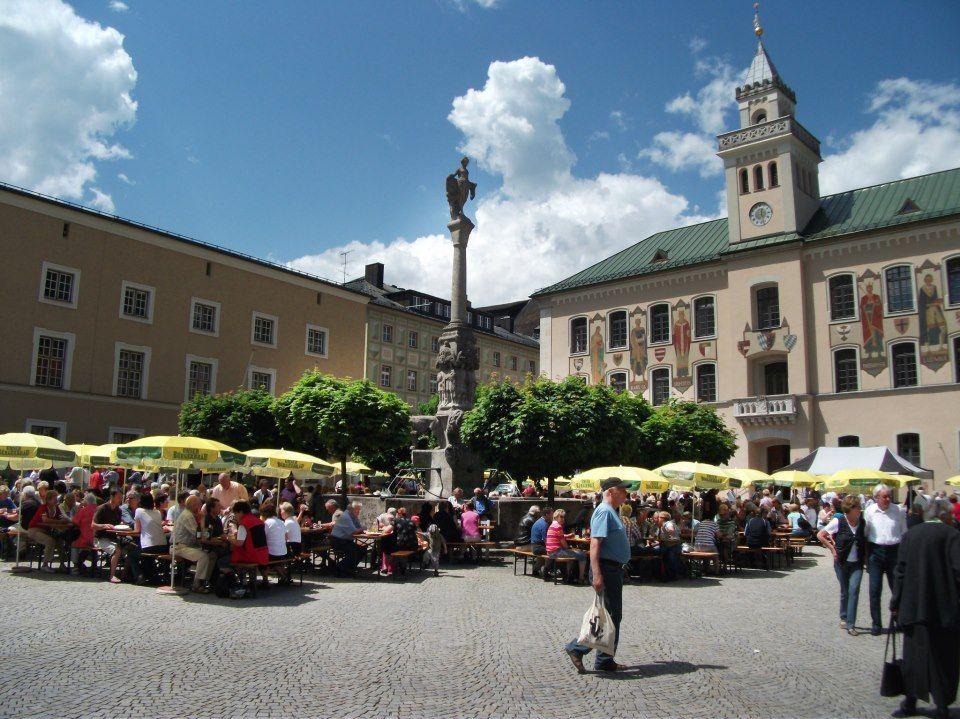 8. Spargelfestival auf dem Rathausplatz in Bad Reichenhall - Berchtesgadener Land Blog