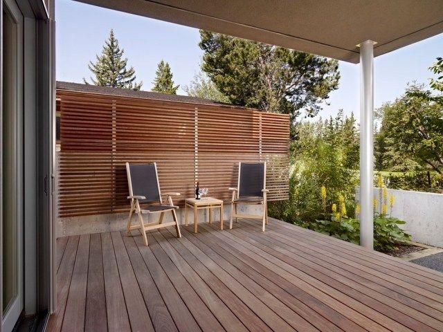 Sichtschutz Terrasse Holz Latten Wand Terrasse Terrasse