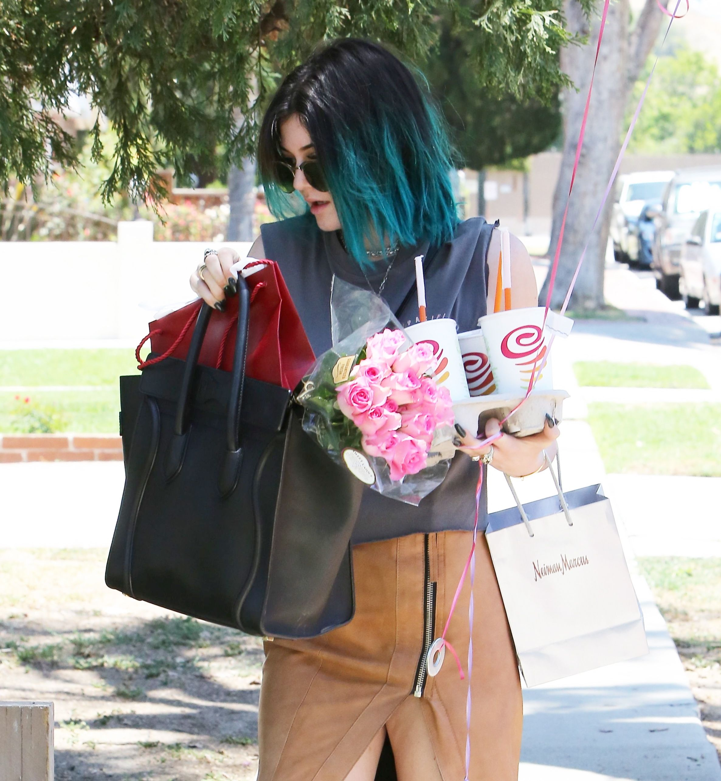 Kylie Jenner – out in LA 09.06.14