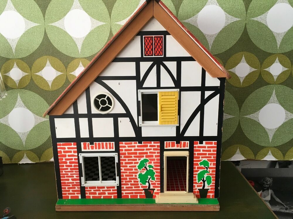 Vintage Small Dolls House