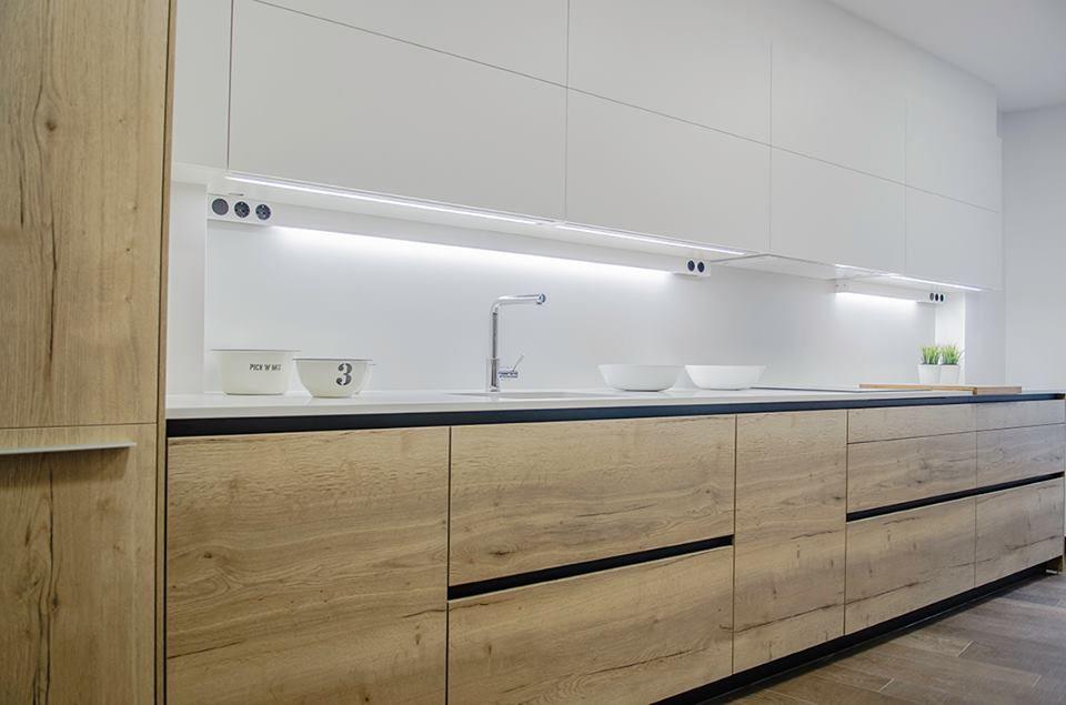 Cocinas de diseño. Proyecto Santos Vilagarcia, Cocinas en Blanco y ...
