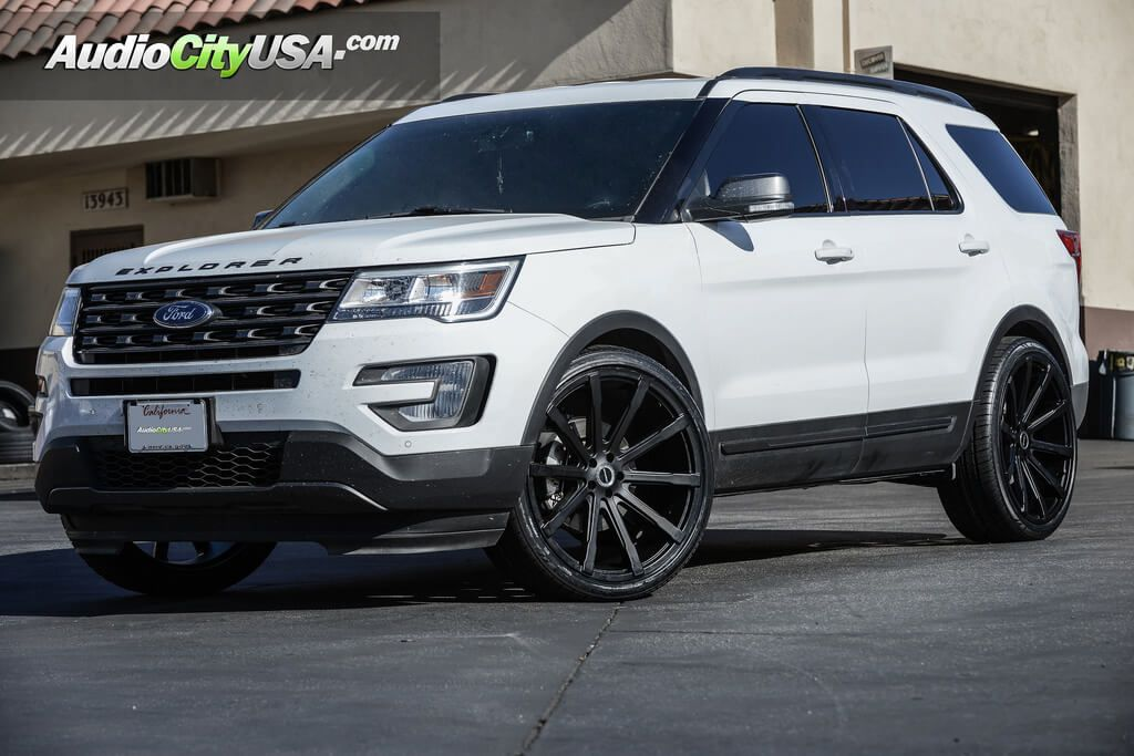 "2016 Ford Explorer 24"" Strada Wheels Osso AudioCityUSA"