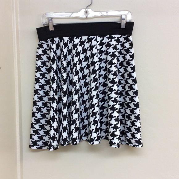 Skirt Black and white pattern short skirt Copper Key Skirts Mini