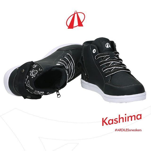 Makin Gaya Dengan Sneakers Kashima Desain Leher Sneakers Yang