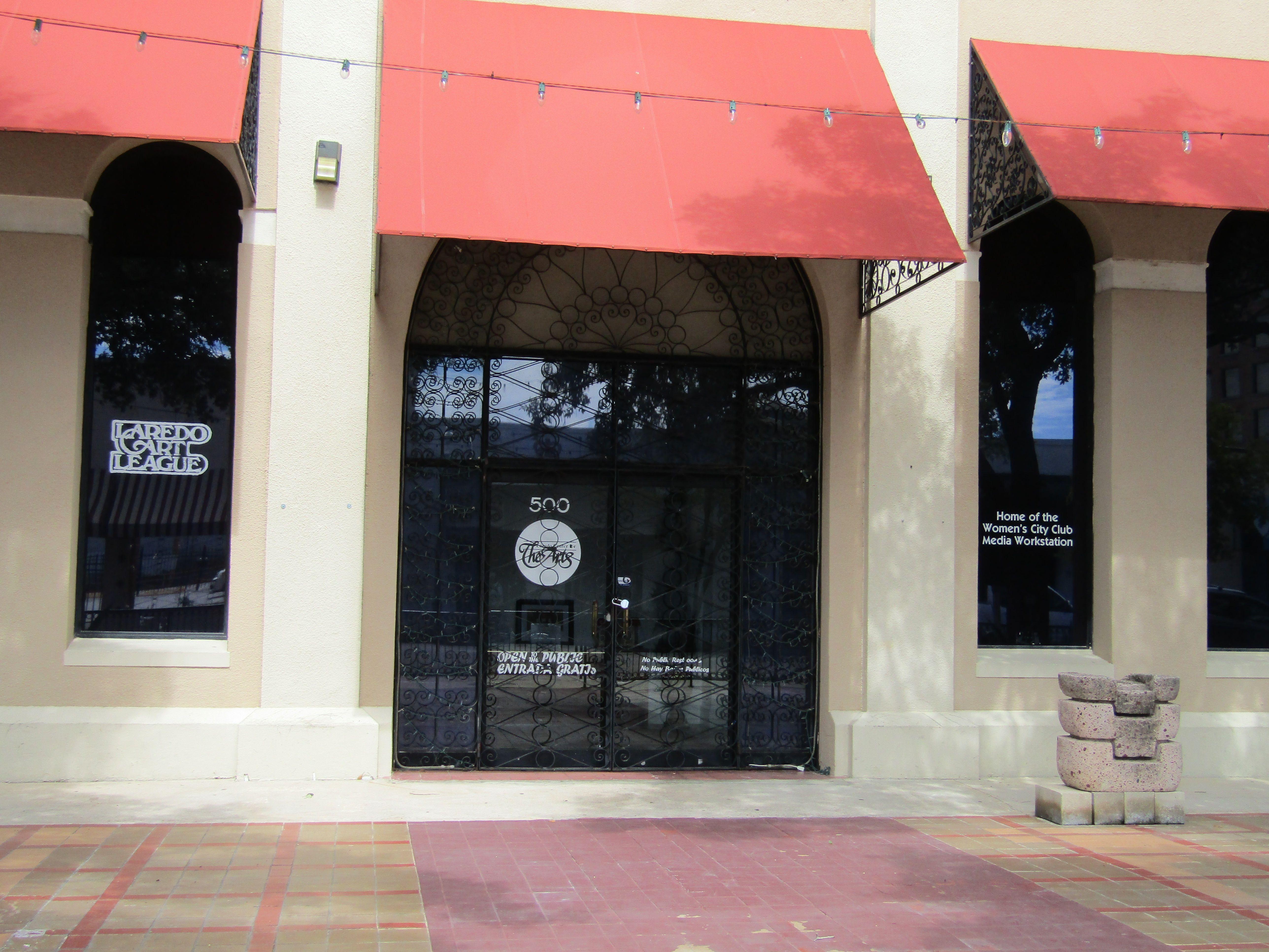 Art Walk At Laredo Center For The Arts Flores And Hidalgo Laredo Texas 5 30 Pm Laredo Art Walk Safe Cities