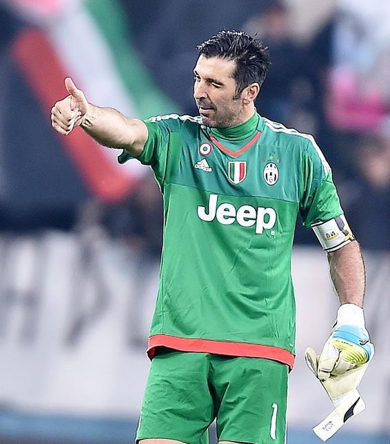 Juventus, Buffon nella storia: superato il record di Zoff - Corriere dello Sport