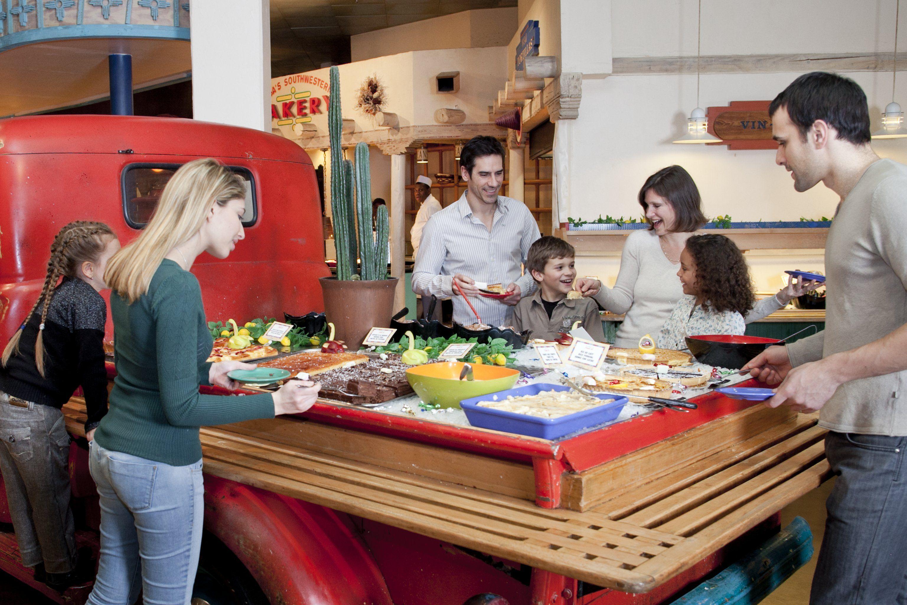 disney hotels santa fe family at la cantina buffet disneyland paris disney 39 s hotel santa. Black Bedroom Furniture Sets. Home Design Ideas