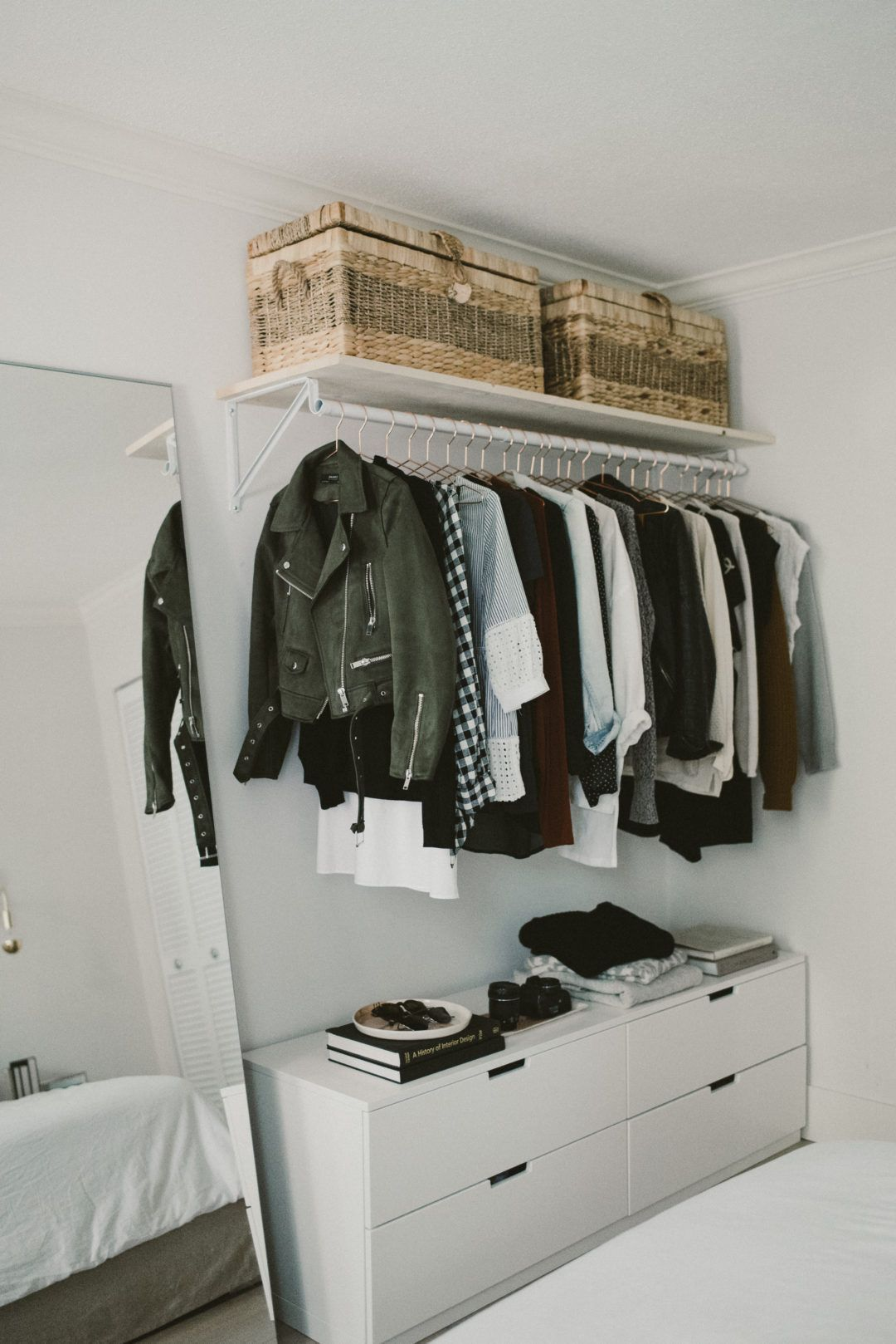 Closet Decluttering Tips How To Declutter Your Wardrobe How To Organize A Closet Diy Open Concept Closet Ideas Open Closet Open Wardrobe Closet Inspiration