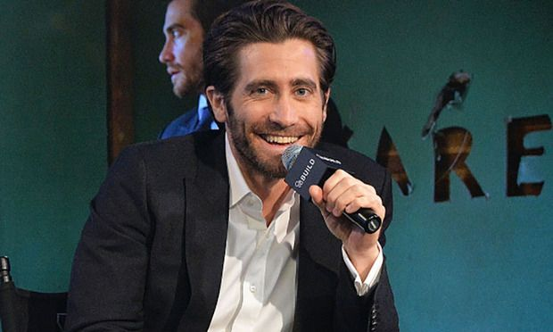 Jake Gyllenhaal says his dance moves will make you 'nauseous'