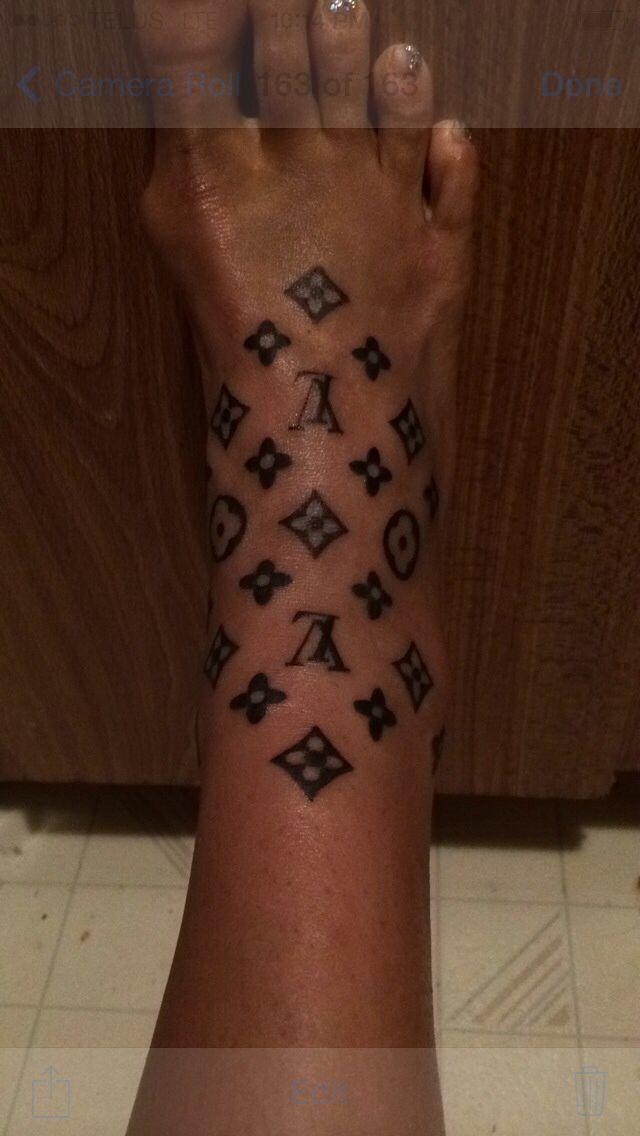 Gucci Symbol Tattoo : gucci, symbol, tattoo, Newest, Tattoo:, Louis, Vuitton, Tattoos,, Gucci, Tattoo,, Tattoo