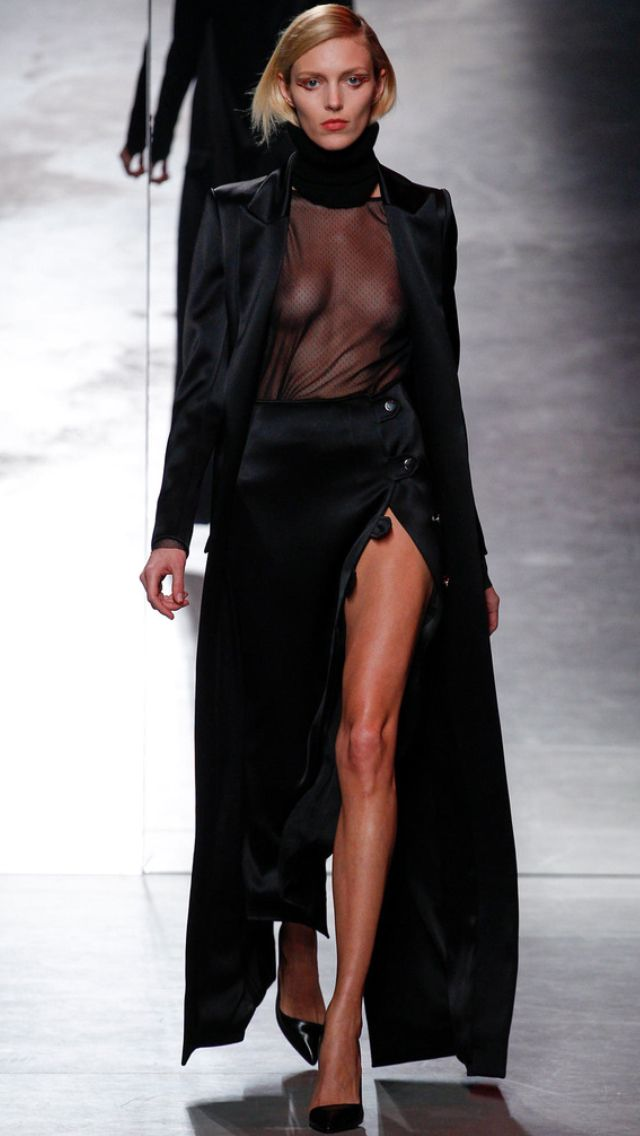 I'm Anja Rubik right now at Anthony Vaccarello FW14