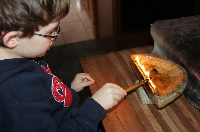 activite fabriquer une lampe huile inuit d couvrir le p le nord pinterest huile. Black Bedroom Furniture Sets. Home Design Ideas