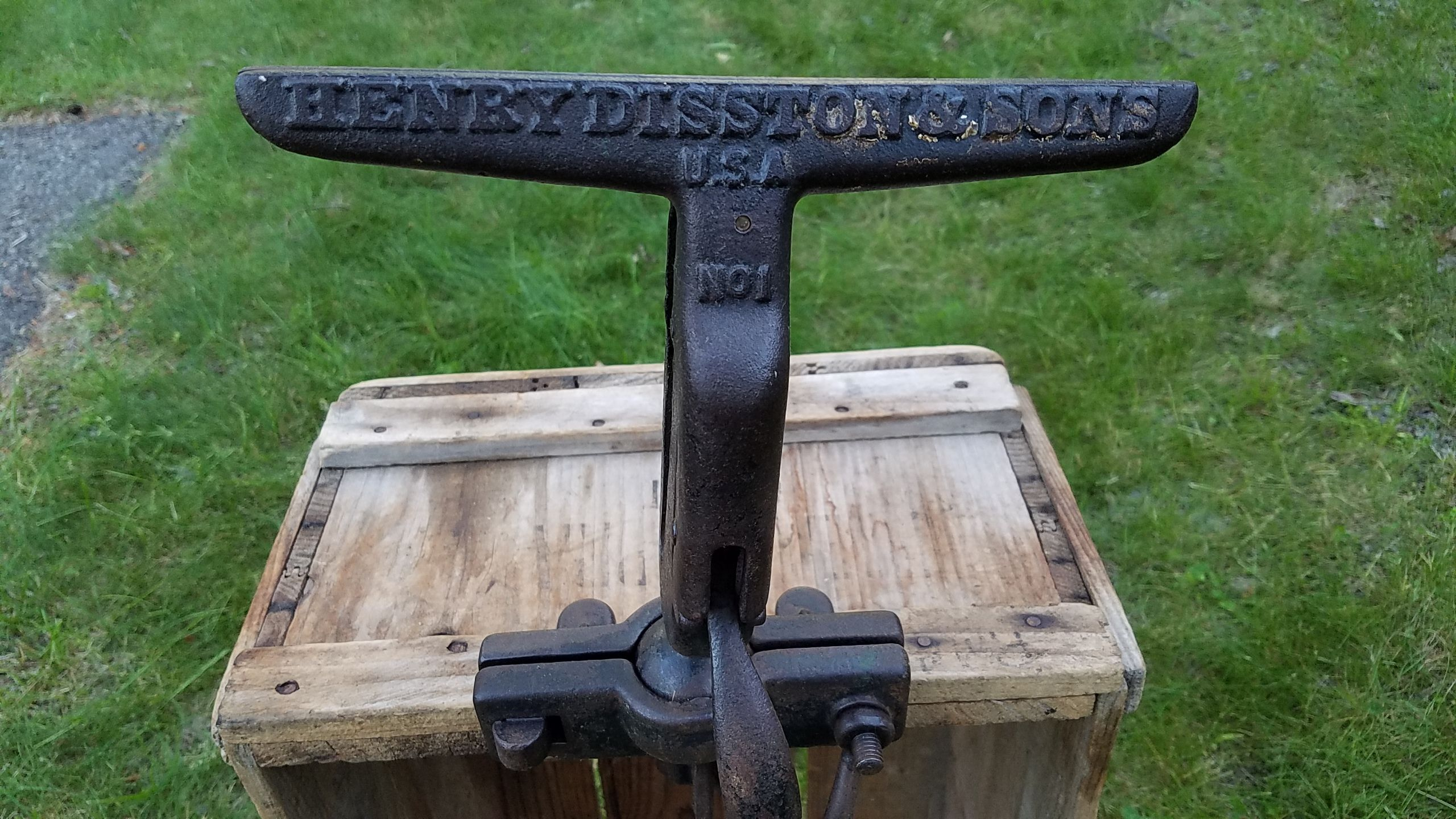 Antique Saw Vise