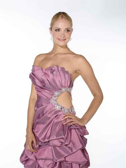 Short Gucci Prom Dresses Options | Fashion | Pinterest | Young women ...