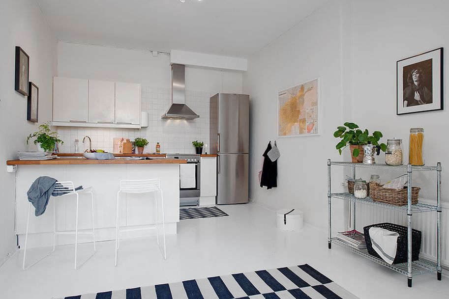 Single Room Apartment With An Interesting Layout In Gothenburg Sweden Kitchen Decor Apartment Apartment Room Home Decor Kitchen
