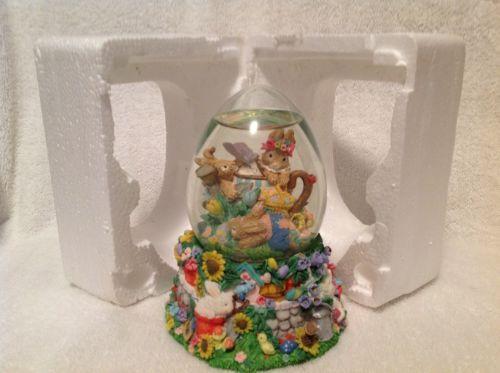 Snow Globe Musical Collectibles by konamom1023 @eBay