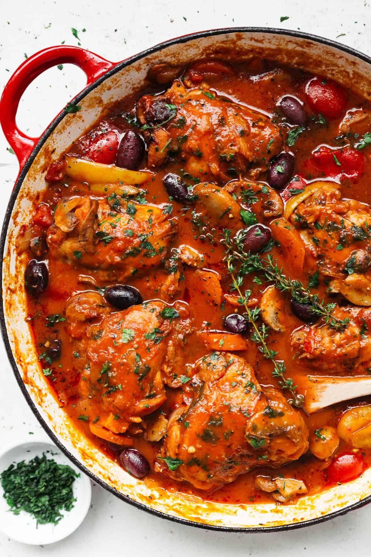 Chicken Cacciatore In 2020 Cacciatore Recipes Slow Cooked Chicken Chicken Cacciatore Recipe