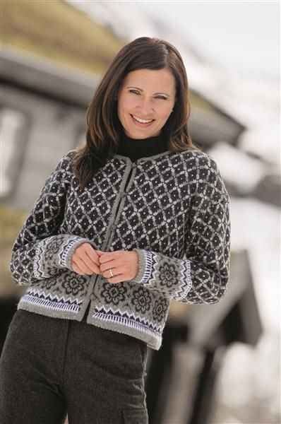 Hefte 0712 til fjells fra sandnes. -  cardigan sweater stranded ~ Inspiration only for anyone other than a Norwegian as this company only ships to Norway post codes... and for Norwegians, note..... you must purchase min. 4 skeins of yarn to be able to purchase the pattern!! So there! ;-)