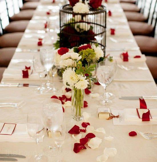 11 Tisch deko hochzeit rose bltterrot und wei elegant