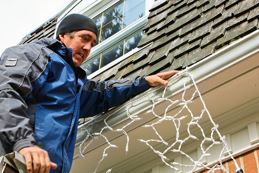 Hang Your Holiday Lights Now to Avoid the Rush! Tri County Roofing