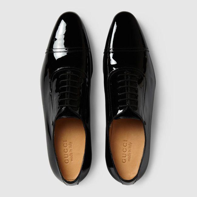 0f0c8796a8 Zapato de piel de charol con cordones