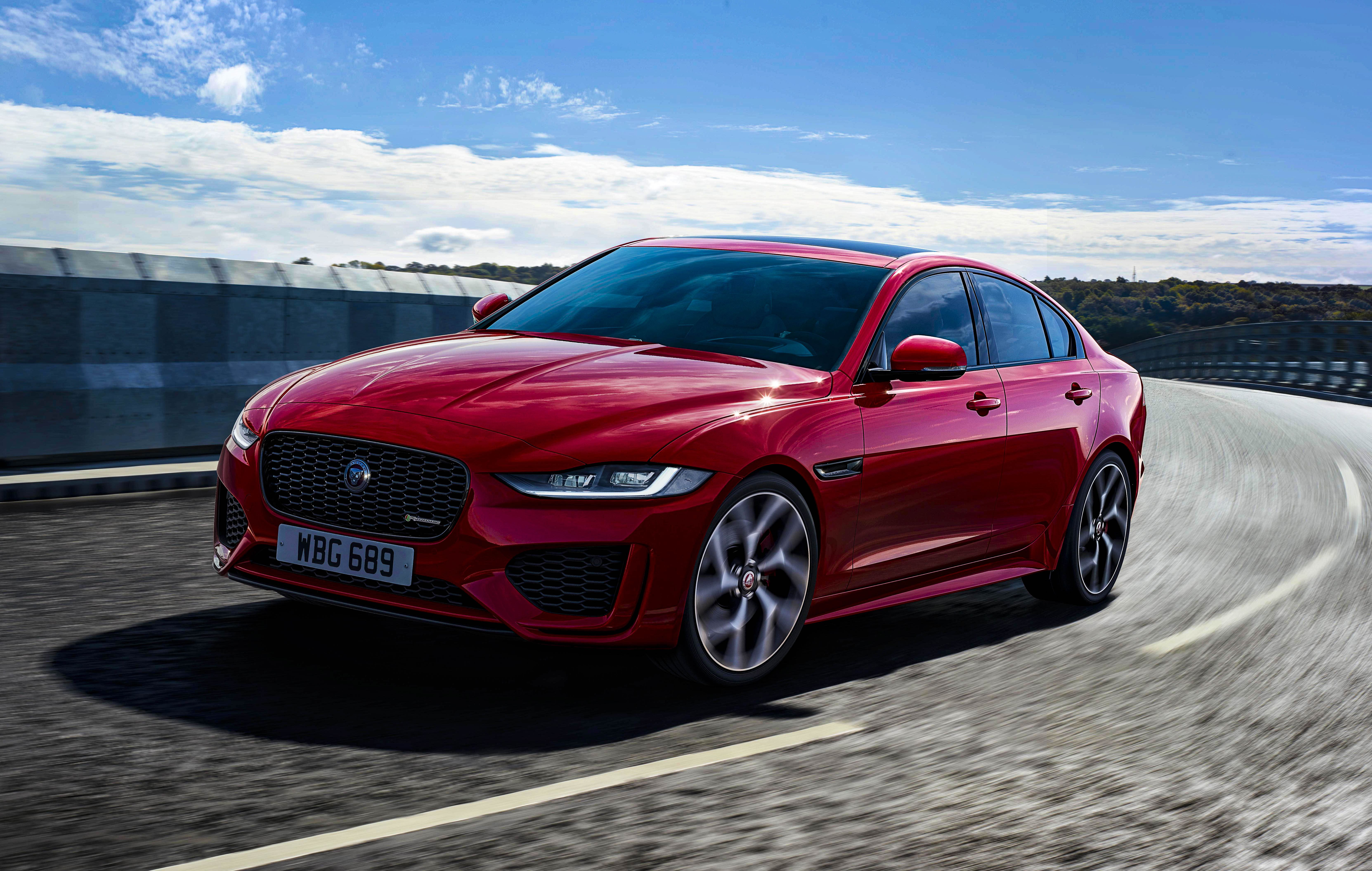 Jaguar Thinks There S Still Life In Saloons And Sports Cars And Won T Give Into The Suv Craze Top Speed Jaguar Xe Jaguar Luxury Sedan