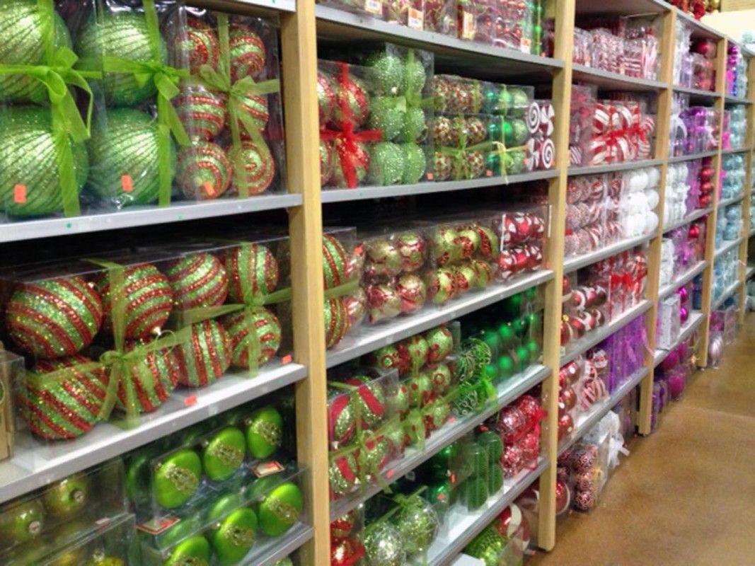 Decorators Warehouse | Texas' Largest Christmas Store ...