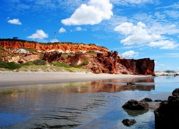 No extremo-leste do Ceará, a 200 quilômetros de Fortaleza, o município de Icapuí, Brasil, é caracterizado por praias preservadas, falésias e boa oferta de lagostas.