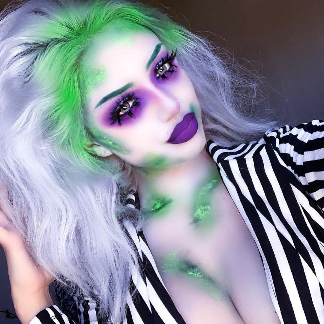 Rouge Rogue On Instagram Beetlejuice Is One Of Our Favorite Halloween Movies So We C Beetlejuice Halloween Costume Beetlejuice Halloween Halloween Looks