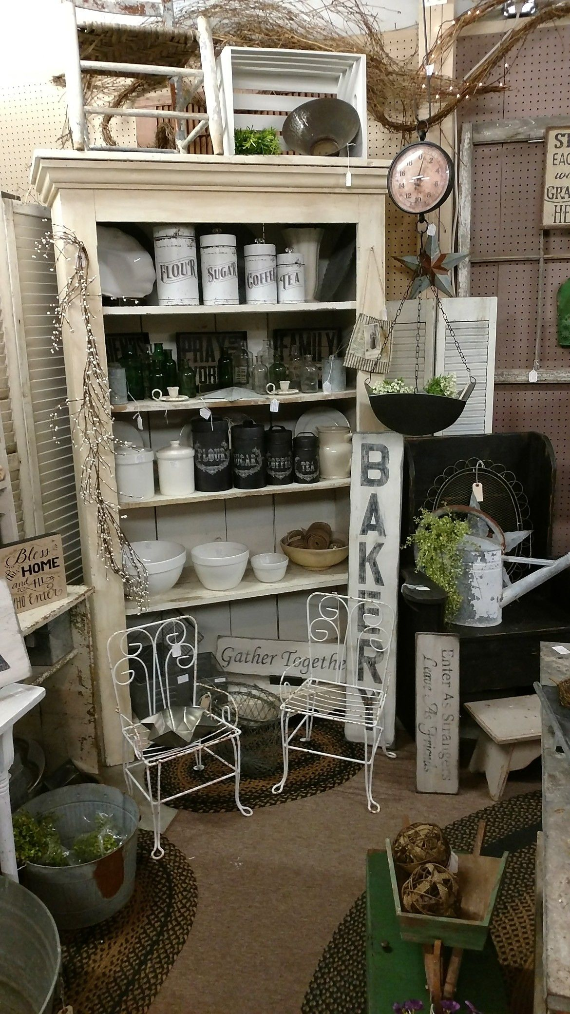 Pin by Linda Kindle on Gilley's Antique and Decorator Mall