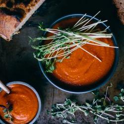 Carrot Tomato Coconut Curry Soup {recipe}