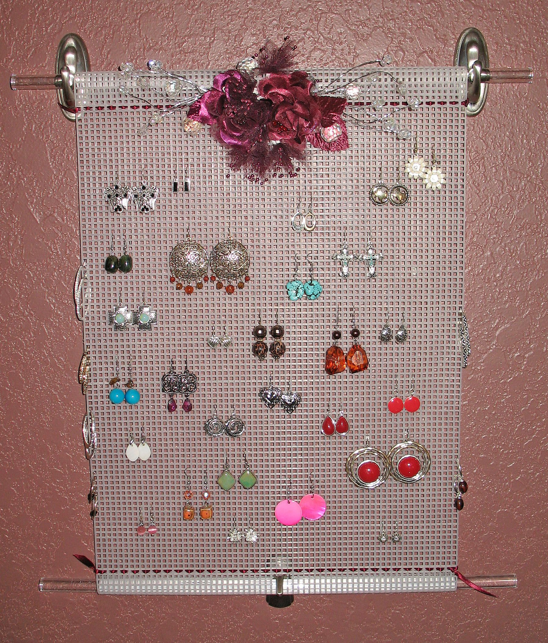 I Ended The Clutter On My Dresser By Making An Earring Holder