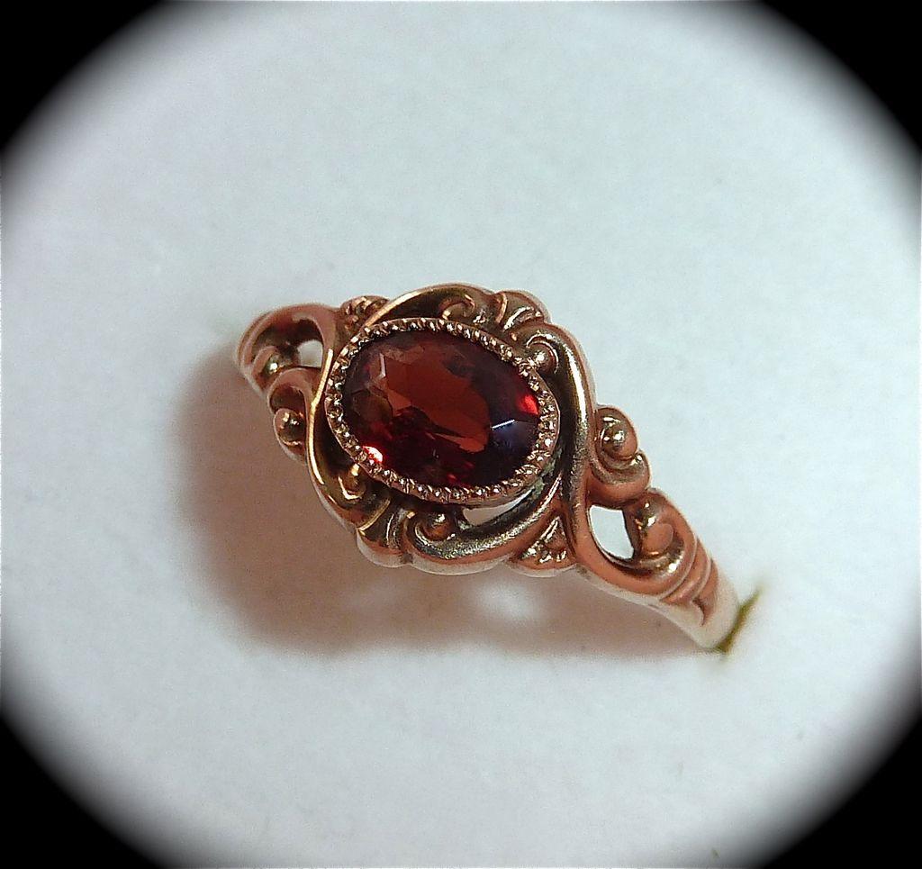 Antique Victorian Blood Red Garnet Rose Gold Ring