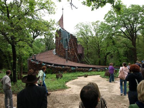An Icon of Midcentury Organic Modern Architecture Is Destroyed...