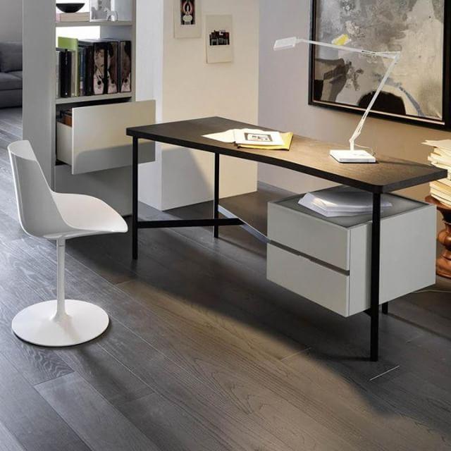 Schreibtisch Modern Design 2021