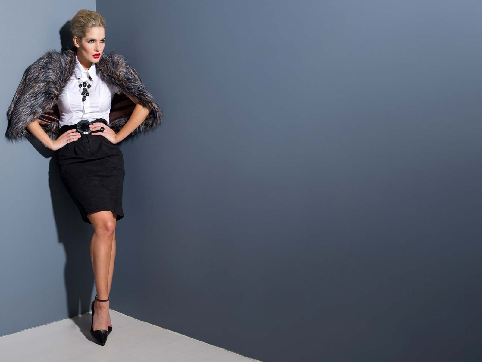 Ozsale - Savings of up to 80%. Affordable designer fashion.