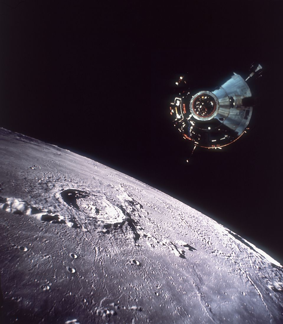 apollo 13 around moon - photo #10