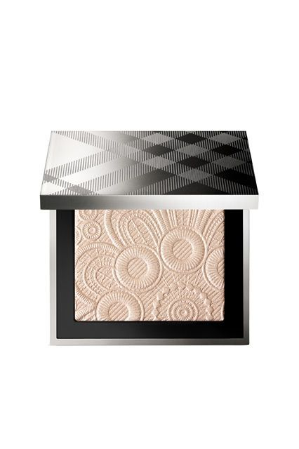New Spring Palettes Almost Too Pretty To Use Burberry Beauty Highlighter Face Powder