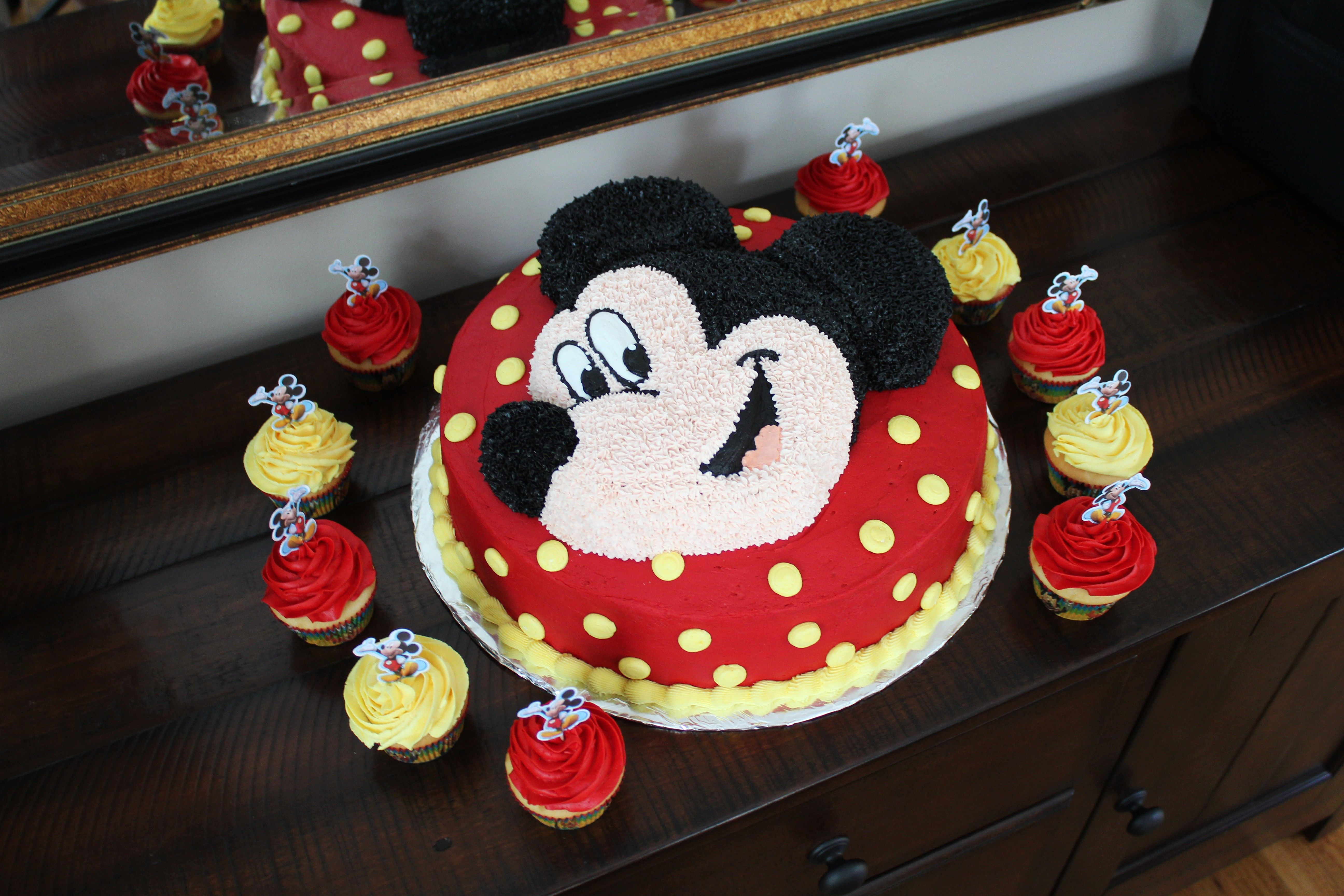 Mickey Mouse Birthday Cake 14 In Double Layer Cake With Mickey