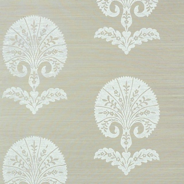 Sample - Schumacher Ottoman Flower Sisal Wallpaper in Fog
