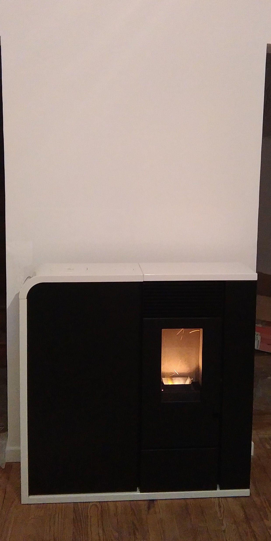 Gr¢ce  son réservoir intégré et sa télé mande infrarouge l