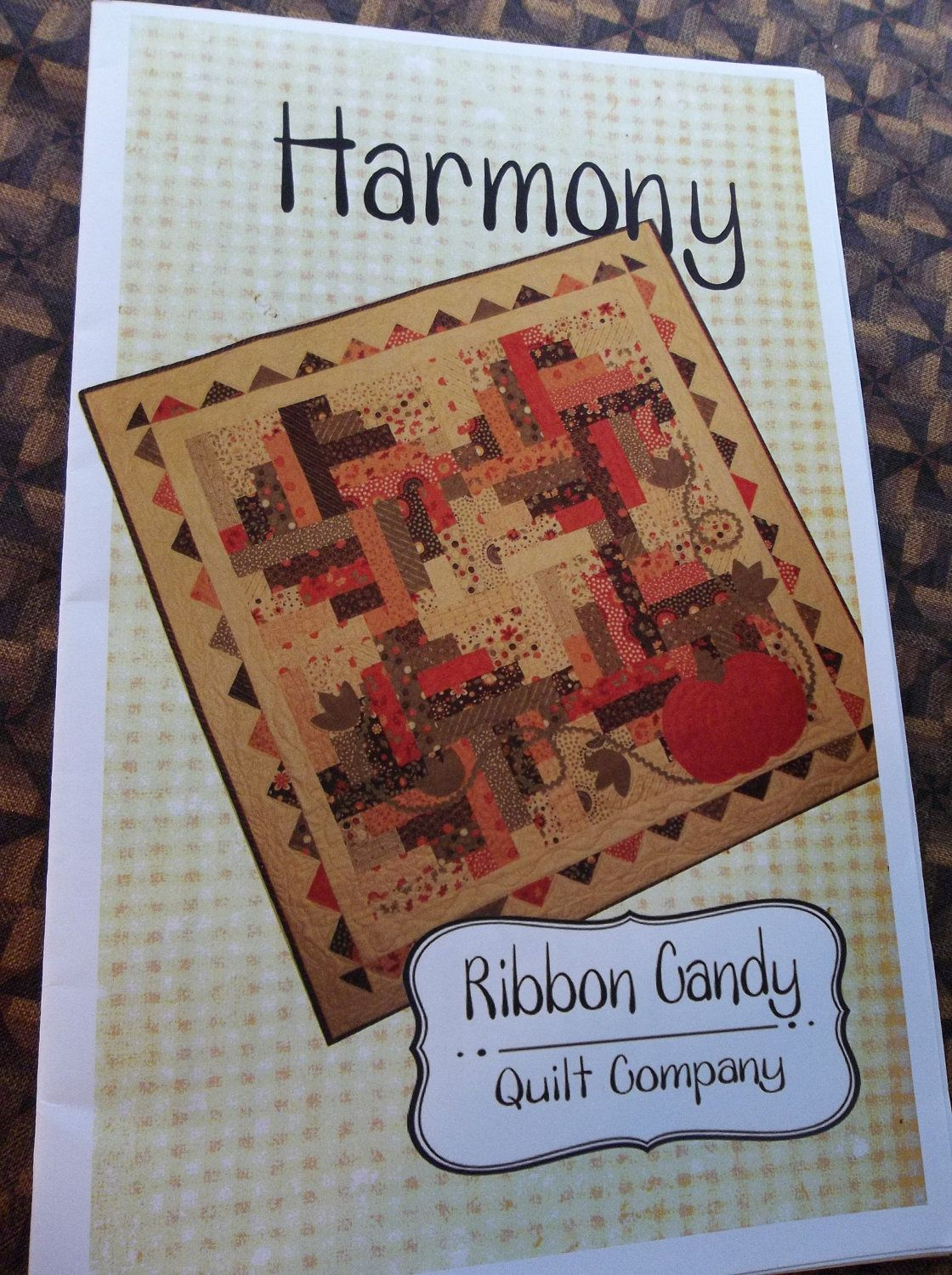 NEW 'Harmony' Quilt Pattern. $8.50, via Etsy. | Quilts: LOG CABIN ... : harmony quilt pattern - Adamdwight.com